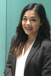 Dr Julia Le